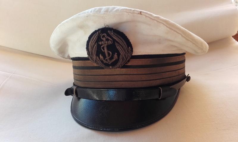 [Les traditions dans la Marine] Tenue dans la Marine- Tome 02 - Page 36 01010