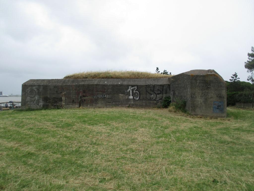 [ Histoires et histoire ] Fortifications et ouvrages du mur de l'Atlantique - Page 12 01722