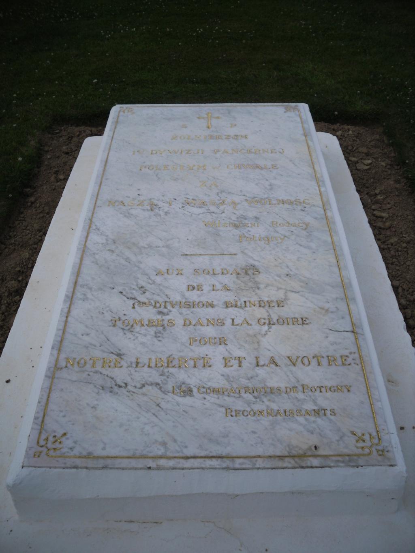 [ Histoires et histoire ] LES CIMETIÈRES MILITAIRES FRANCAIS 01914