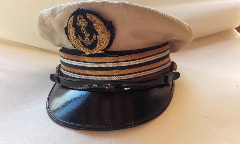 [Les traditions dans la Marine] Tenue dans la Marine- Tome 02 - Page 36 02210