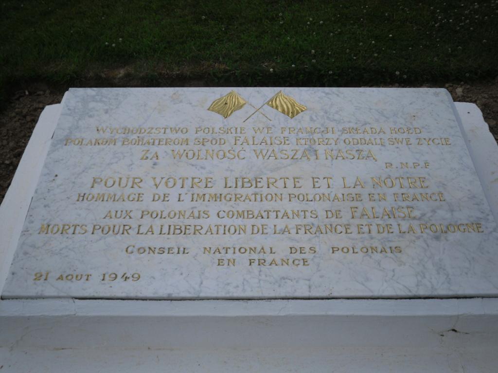 [ Histoires et histoire ] LES CIMETIÈRES MILITAIRES FRANCAIS 02614