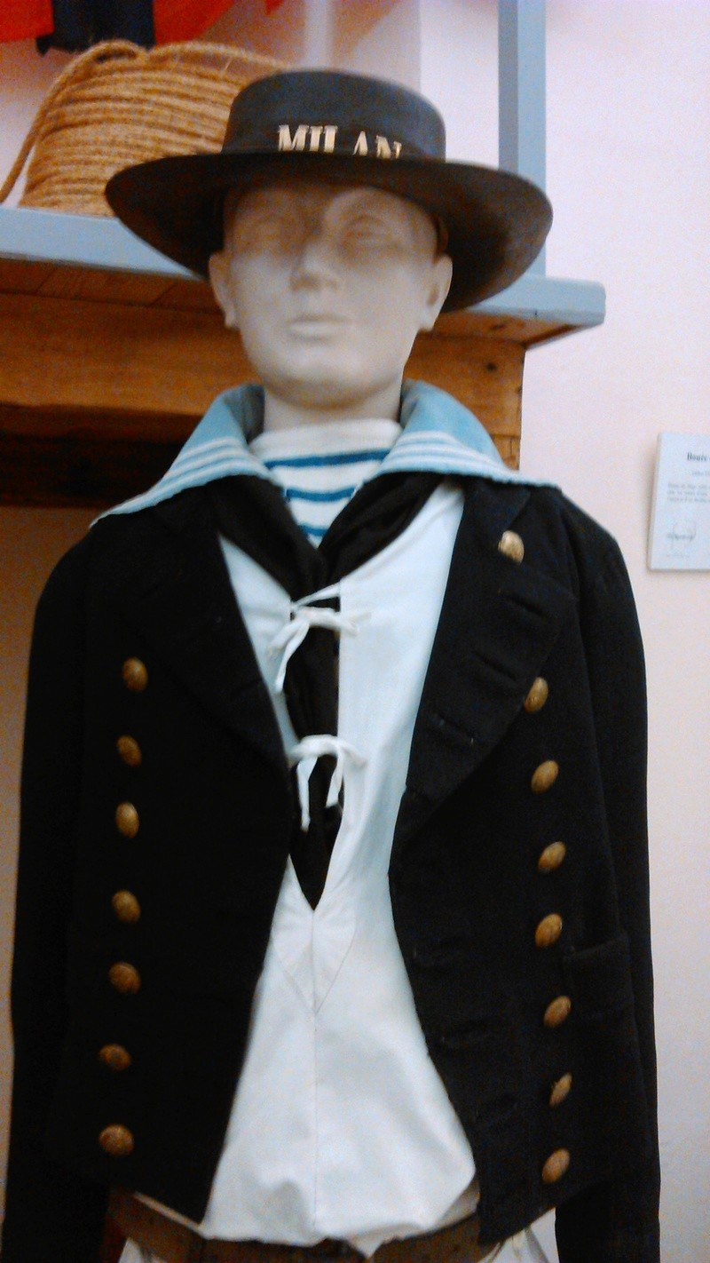 [ Les musées en rapport avec la Marine ] Conservatoire des tenues à Toulon - Page 4 04110
