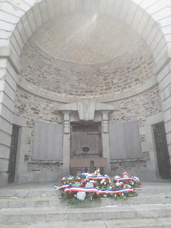[ Histoires et histoire ] Monuments aux morts originaux Français Tome 2 - Page 8 05310