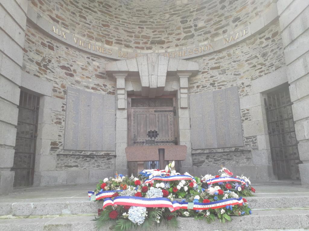 [ Histoires et histoire ] Monuments aux morts originaux Français Tome 2 - Page 8 05410