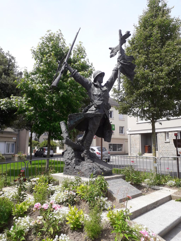 [ Histoires et histoire ] Monuments aux morts originaux Français Tome 2 - Page 8 07111