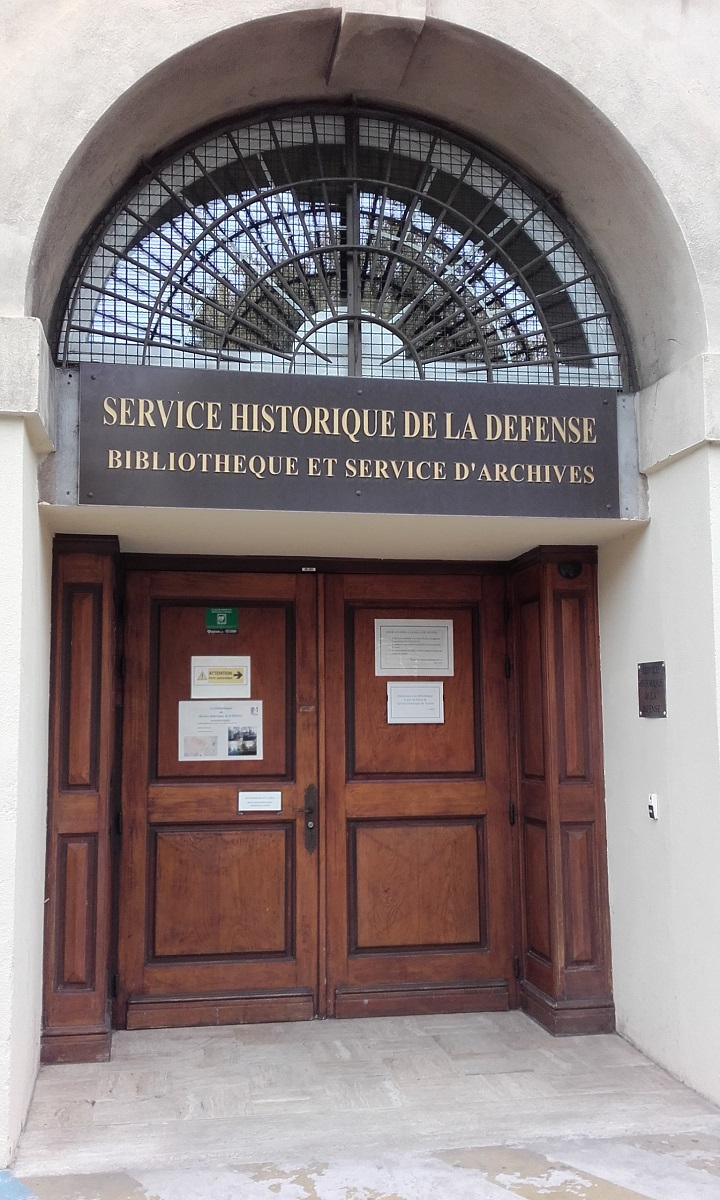 [ Les ports militaires de métropole ] Bibliothèque du service historique de la Défense de Toulon 101_co10