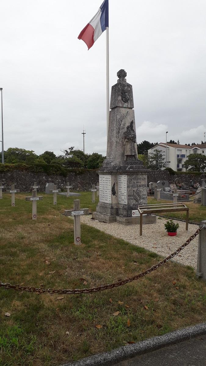 [ Histoires et histoire ] Monuments aux morts originaux Français Tome 2 - Page 17 201_co10