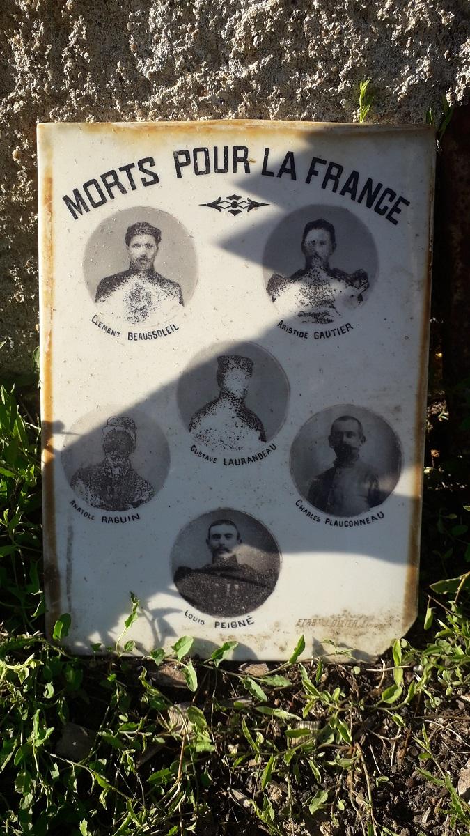 [ Histoires et histoire ] Monuments aux morts originaux Français Tome 2 - Page 18 20200921