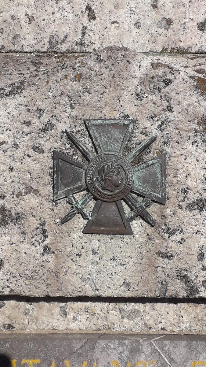 [ Histoires et histoire ] Monuments aux morts originaux Français Tome 2 - Page 18 20200924