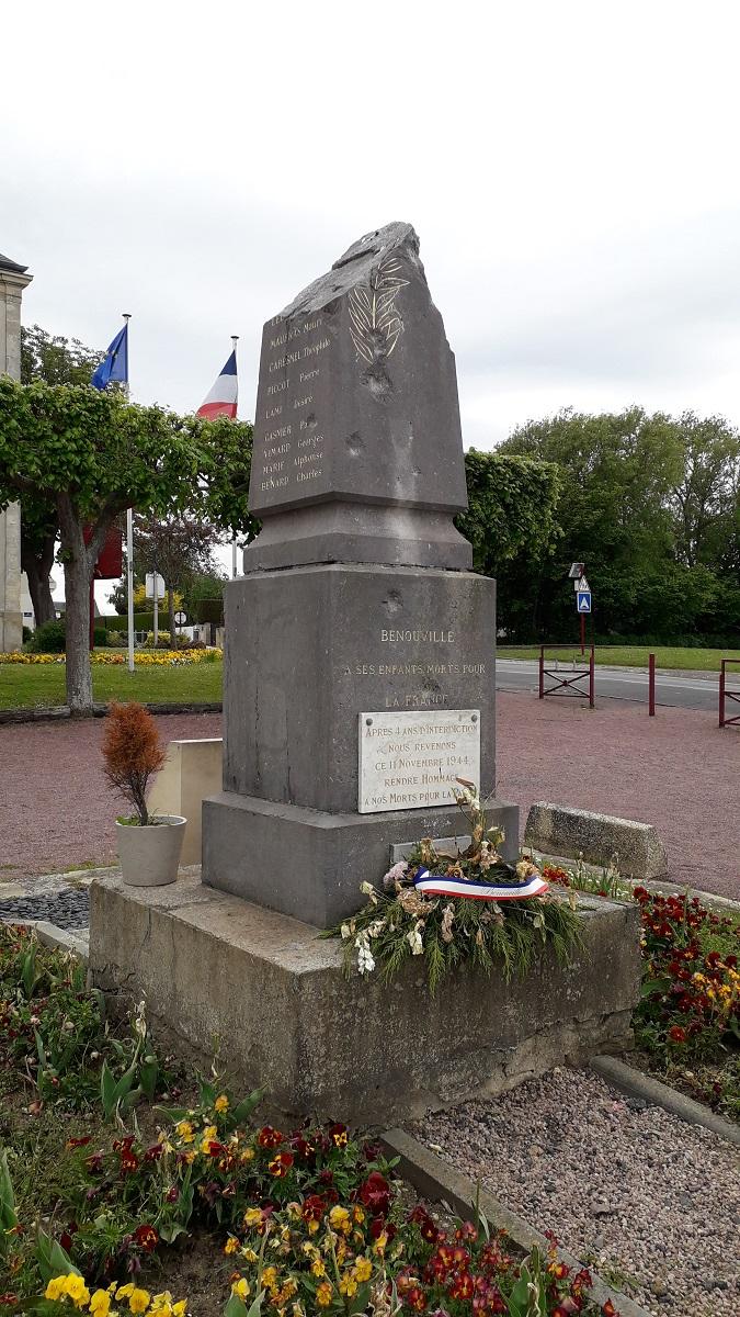 [ Histoires et histoire ] Monuments aux morts originaux Français Tome 2 - Page 20 20210510