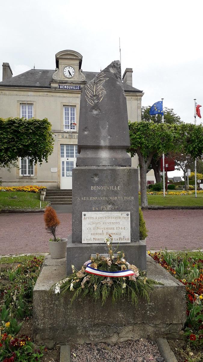 [ Histoires et histoire ] Monuments aux morts originaux Français Tome 2 - Page 20 20210511