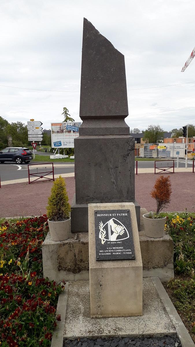 [ Histoires et histoire ] Monuments aux morts originaux Français Tome 2 - Page 20 20210514