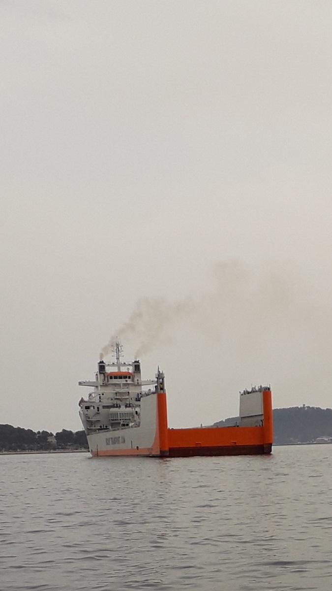 [Autre sujet Marine Nationale] Démantèlement, déconstruction des navires - TOME 2 - Page 21 20210618