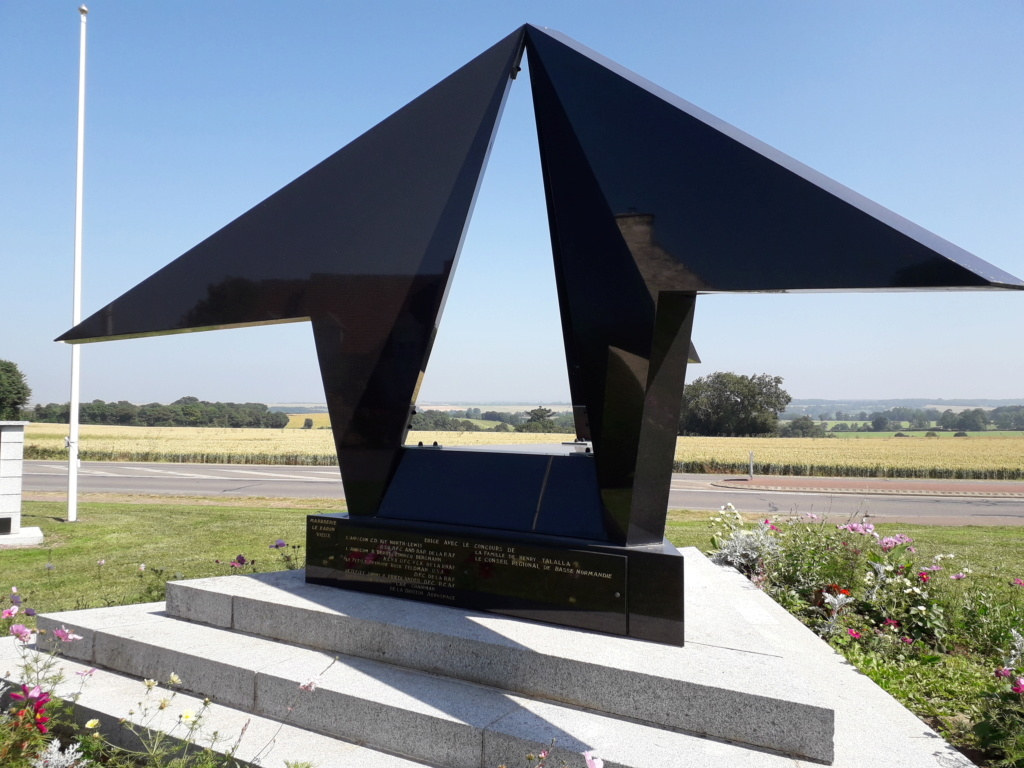 [ Histoires et histoire ] Monuments aux morts originaux Français Tome 2 - Page 7 22510