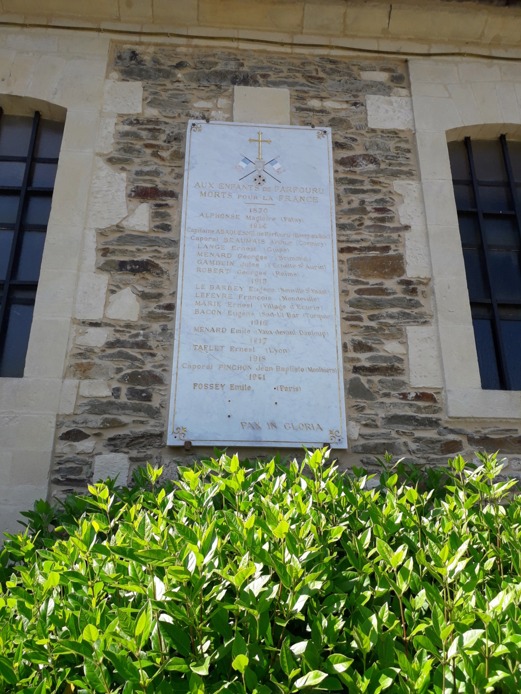 [ Histoires et histoire ] Monuments aux morts originaux Français Tome 2 - Page 7 22910