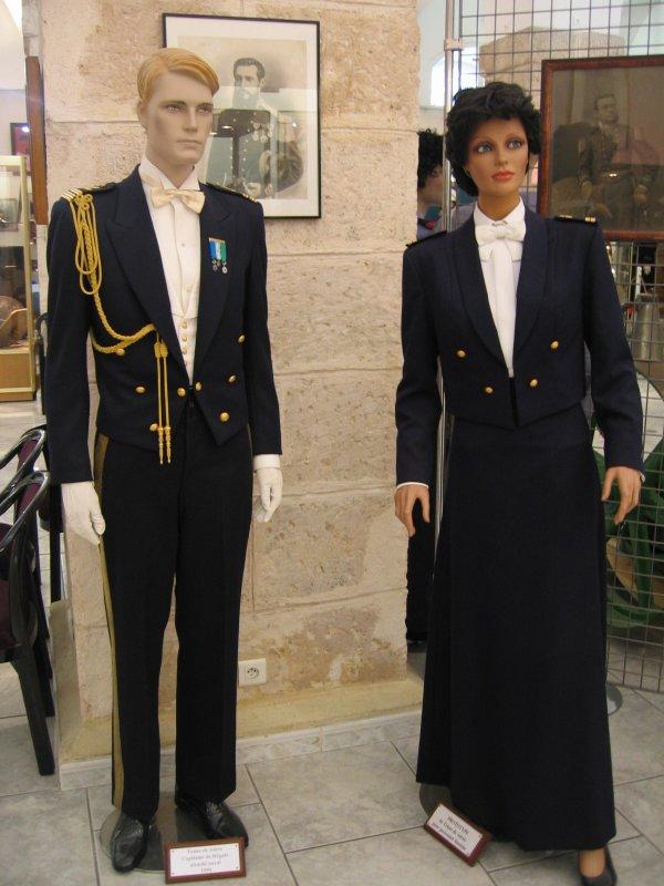 [ Les musées en rapport avec la Marine ] Conservatoire des tenues à Toulon - Page 3 27203910