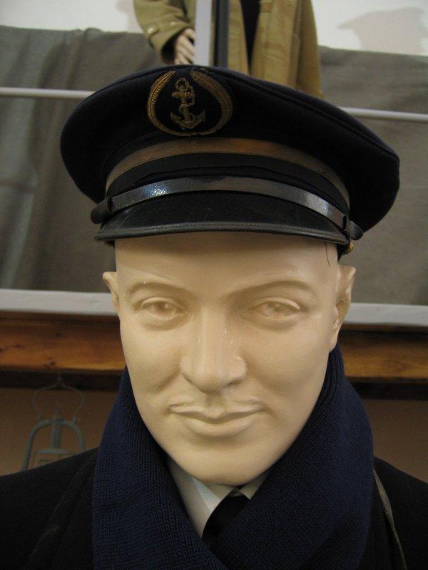 [ Les musées en rapport avec la Marine ] Conservatoire des tenues à Toulon - Page 3 29329710