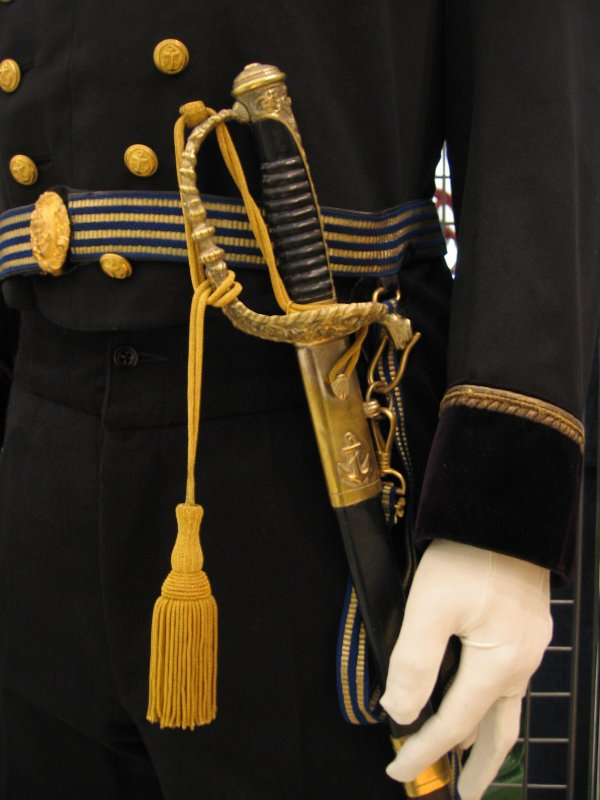 [ Les musées en rapport avec la Marine ] Conservatoire des tenues à Toulon - Page 3 29908811