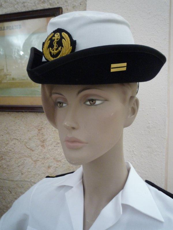 [ Les musées en rapport avec la Marine ] Conservatoire des tenues à Toulon - Page 3 30743013