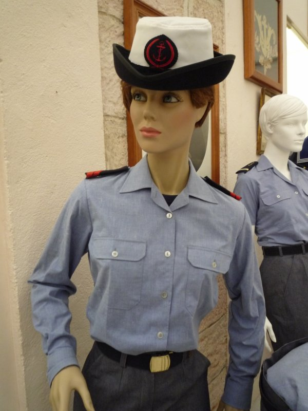 [ Les musées en rapport avec la Marine ] Conservatoire des tenues à Toulon - Page 3 30743614