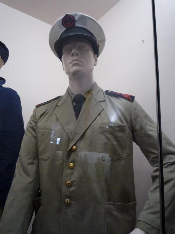 [ Les musées en rapport avec la Marine ] Conservatoire des tenues à Toulon - Page 3 30743910