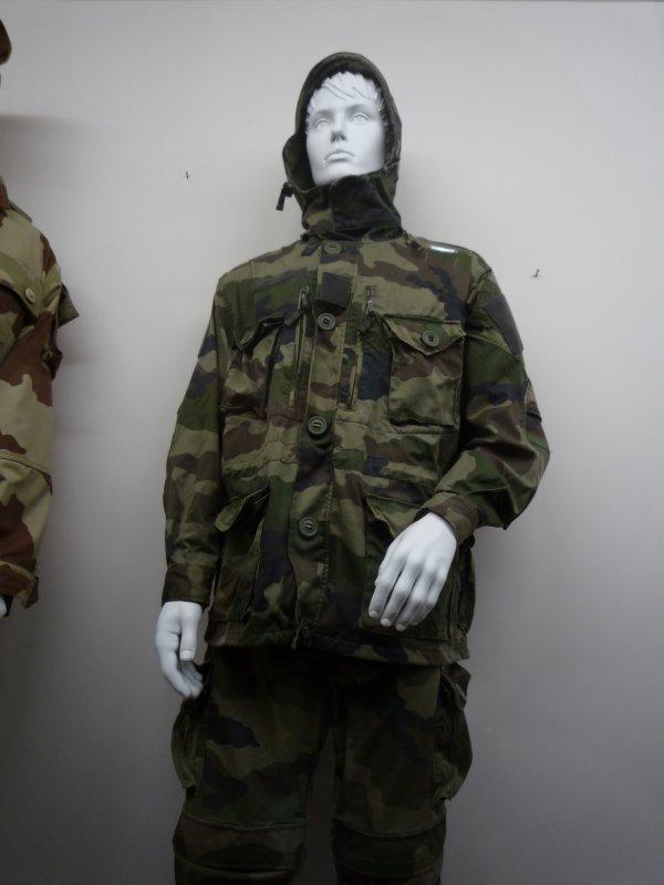[ Les musées en rapport avec la Marine ] Conservatoire des tenues à Toulon - Page 3 30746811