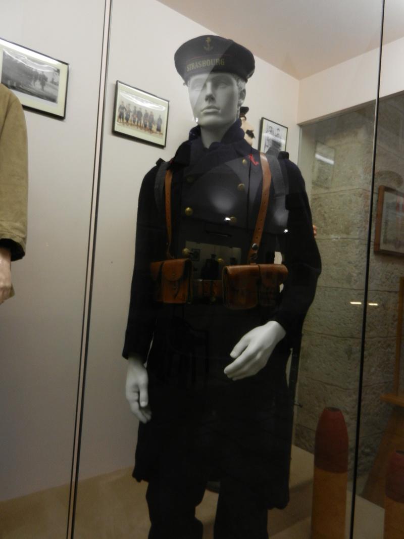 [ Les musées en rapport avec la Marine ] Conservatoire des tenues à Toulon - Page 3 Dscn0718