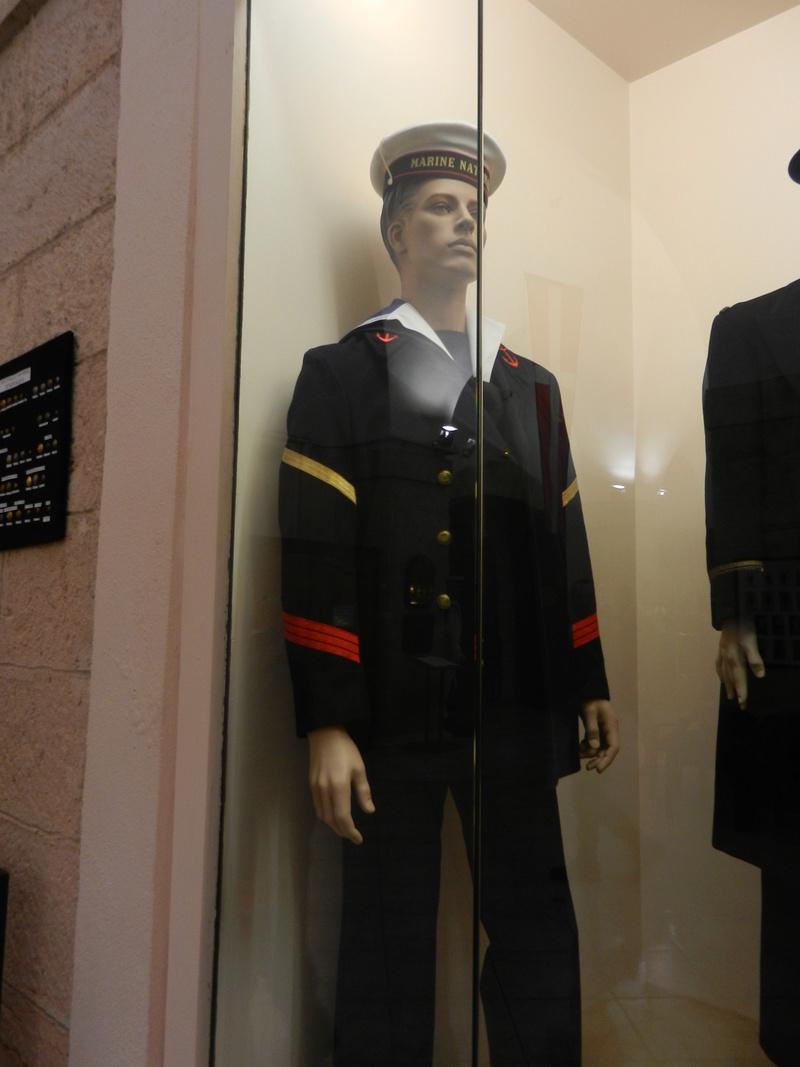 [ Les musées en rapport avec la Marine ] Conservatoire des tenues à Toulon - Page 3 Dscn0719