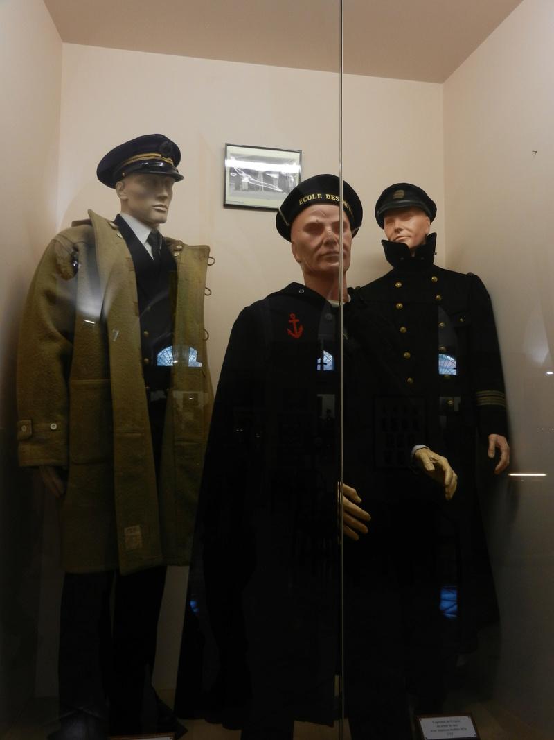 [ Les musées en rapport avec la Marine ] Conservatoire des tenues à Toulon - Page 3 Dscn0720