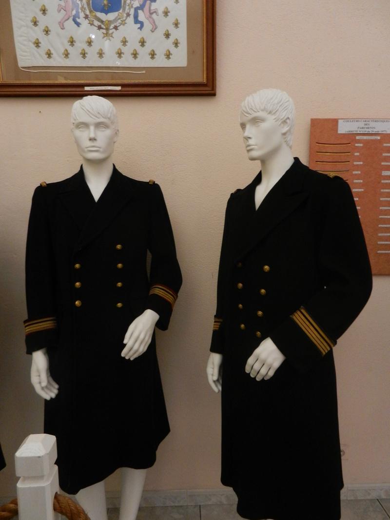 [ Les musées en rapport avec la Marine ] Conservatoire des tenues à Toulon - Page 3 Dscn0725