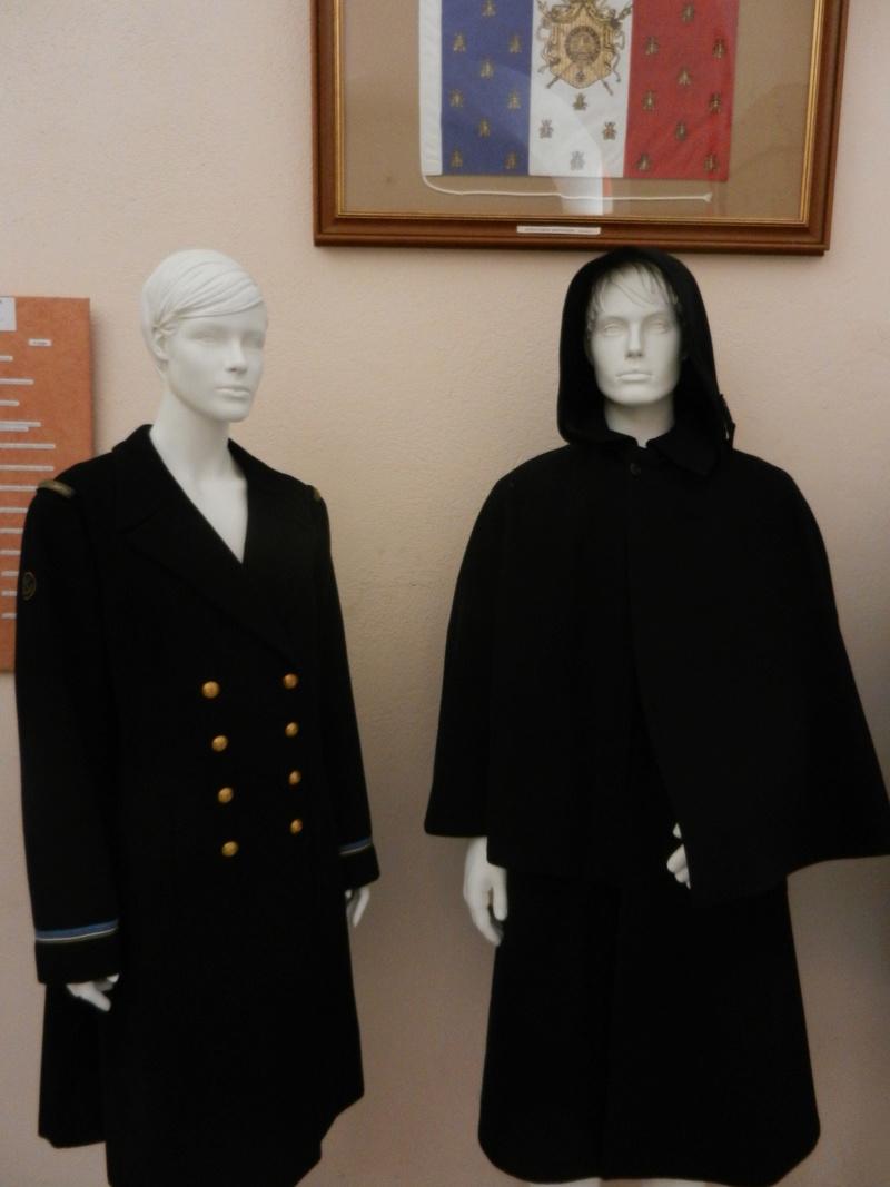 [ Les musées en rapport avec la Marine ] Conservatoire des tenues à Toulon - Page 3 Dscn0728