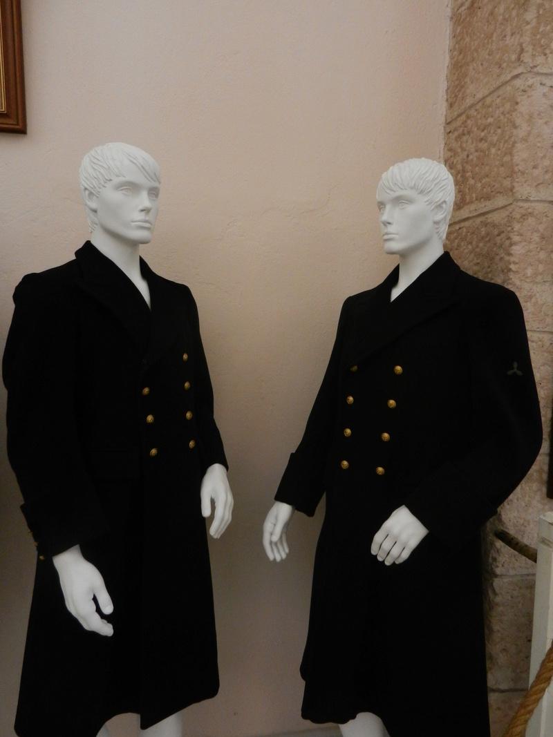 [ Les musées en rapport avec la Marine ] Conservatoire des tenues à Toulon - Page 3 Dscn0729