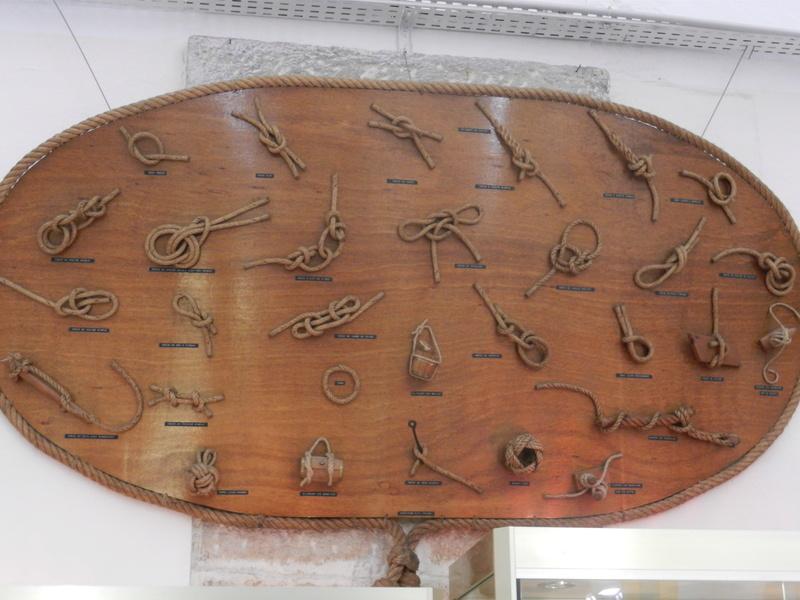 [ Les musées en rapport avec la Marine ] Conservatoire des tenues à Toulon - Page 4 Dscn0732