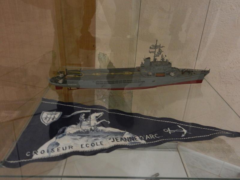 [ Les musées en rapport avec la Marine ] Conservatoire des tenues à Toulon - Page 4 Dscn0733