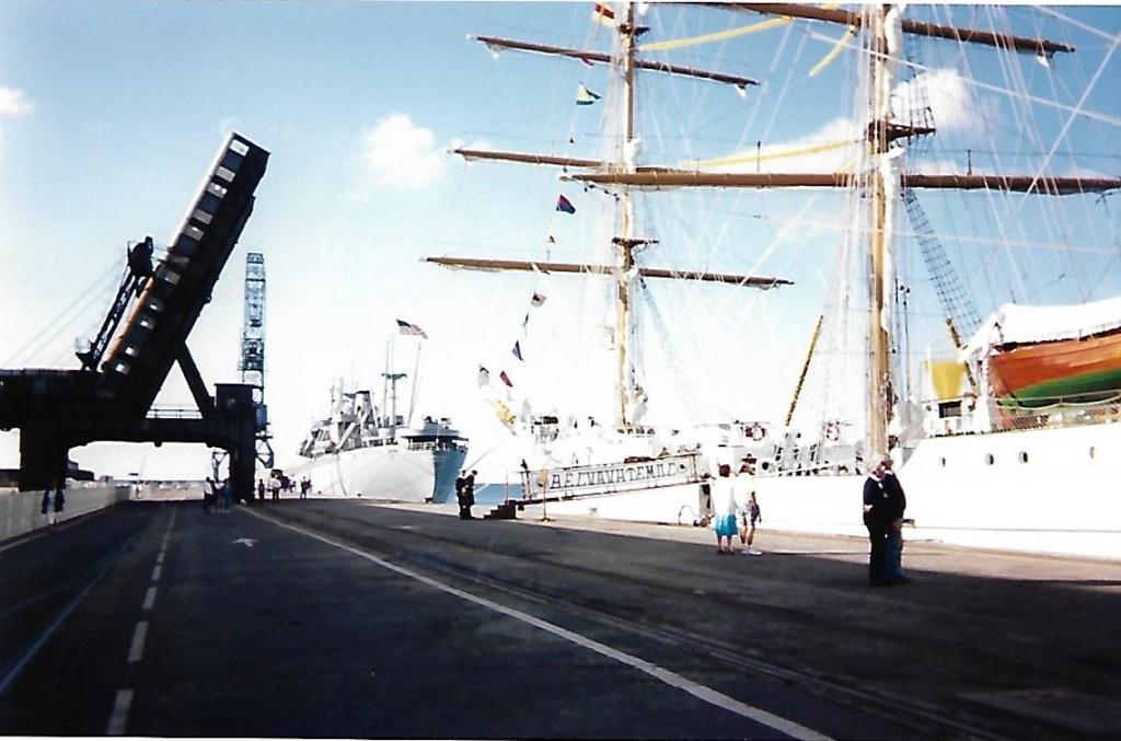 [ Marine à voile ] Le Cuauhtemoc à Cherbourg. Scan0126