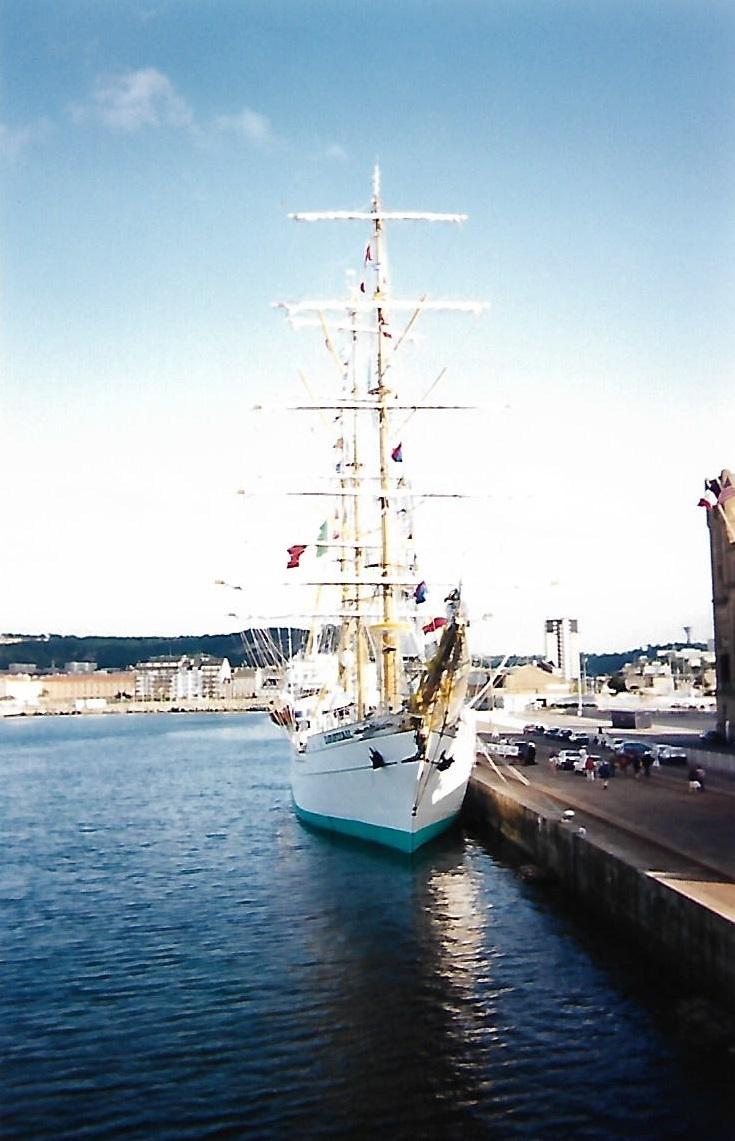 [ Marine à voile ] Le Cuauhtemoc à Cherbourg. Scan0127