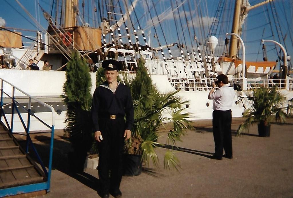 [ Marine à voile ] Le Sedov à Cherbourg. Scan0173