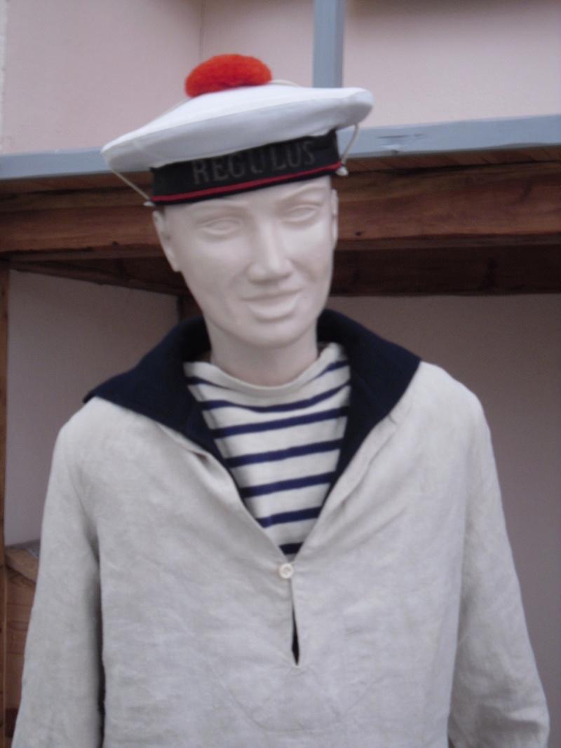 [ Les musées en rapport avec la Marine ] Conservatoire des tenues à Toulon - Page 4 Sdc10912