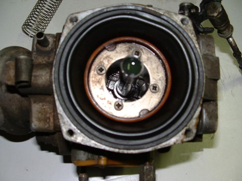 Réfection des carburateurs Solex et Zenith CD175 [Résolu] - Page 2 Dscf0084