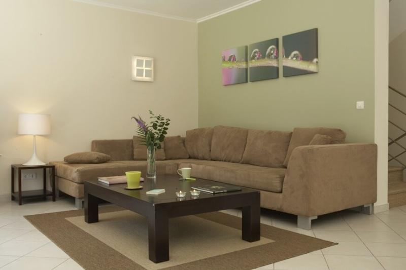 Quelles couleurs utiliser pour peindre salon et salle à manger? 09030910