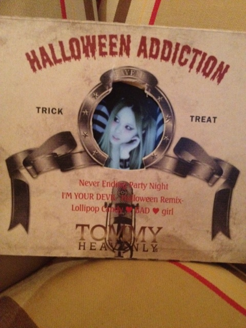 "Tommy  New CD ""Halloween Adiction"" ♥ Bzurj10"