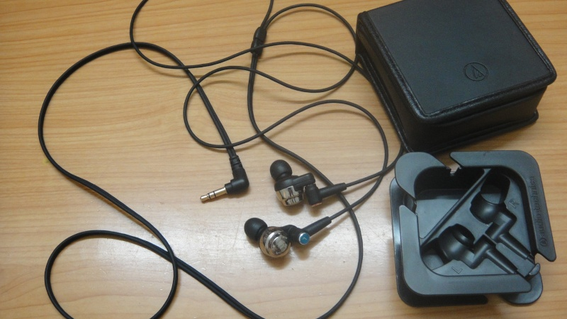 Audio-Technica CK-100 Pro earphones (used) Dsc08914