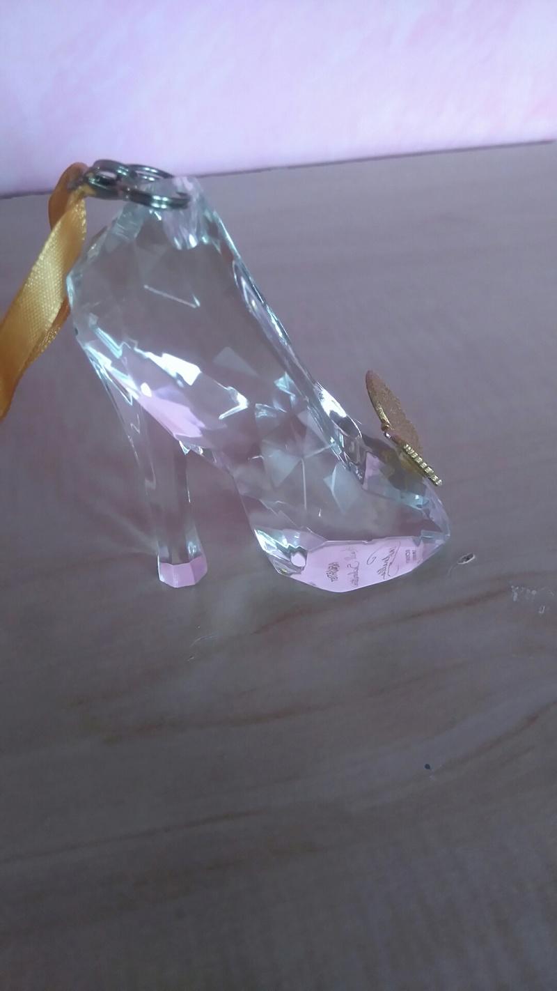 [Collection] Chaussures miniatures (shoe ornament) / Sacs miniatures (handbag ornament) - Page 5 Dsc_0027