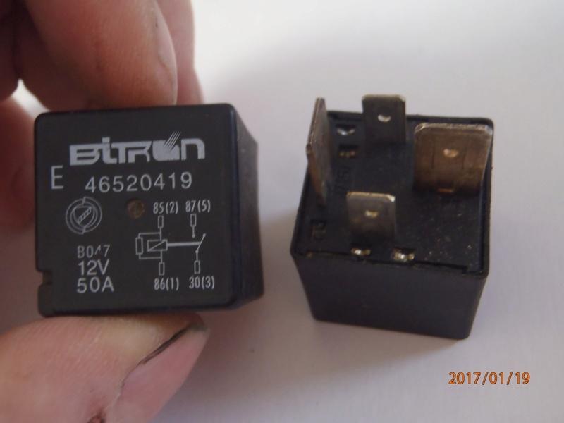 relais préchauffage S4  (trouvé ) P1190012