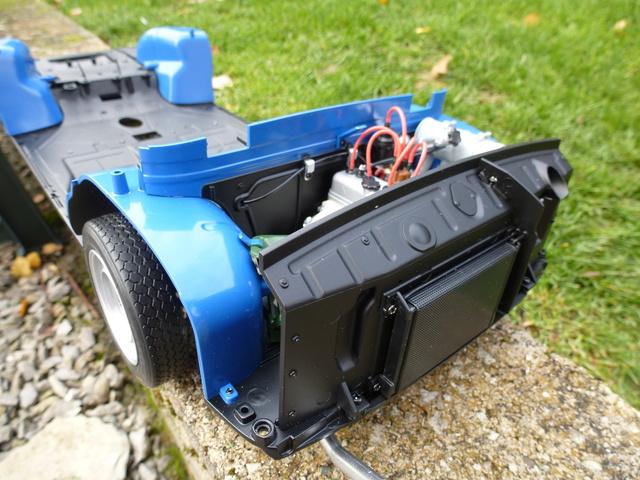 """Suite du montage chassis de ma """"Gordini"""" P1090313"""
