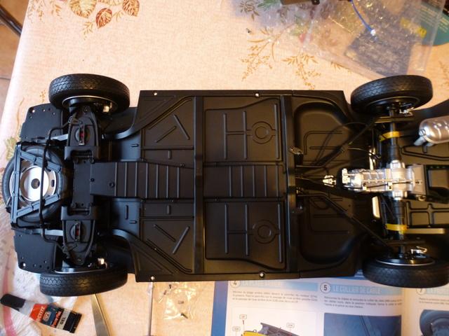"""Suite du montage chassis de ma """"Gordini"""" P1090810"""