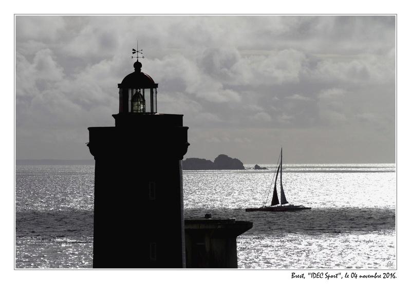 [Vie des ports] BREST Ports et rade - Volume 001 - Page 19 20161110