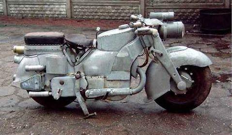 No limit à l'imagination pour les motos, Humour of course! - Page 38 15895210