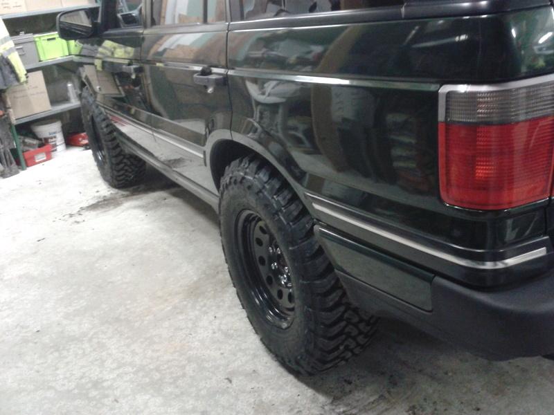 a vendre 5 pneus 265/75/16 Toyo MT Open Country.....VENDU..... 2016-012