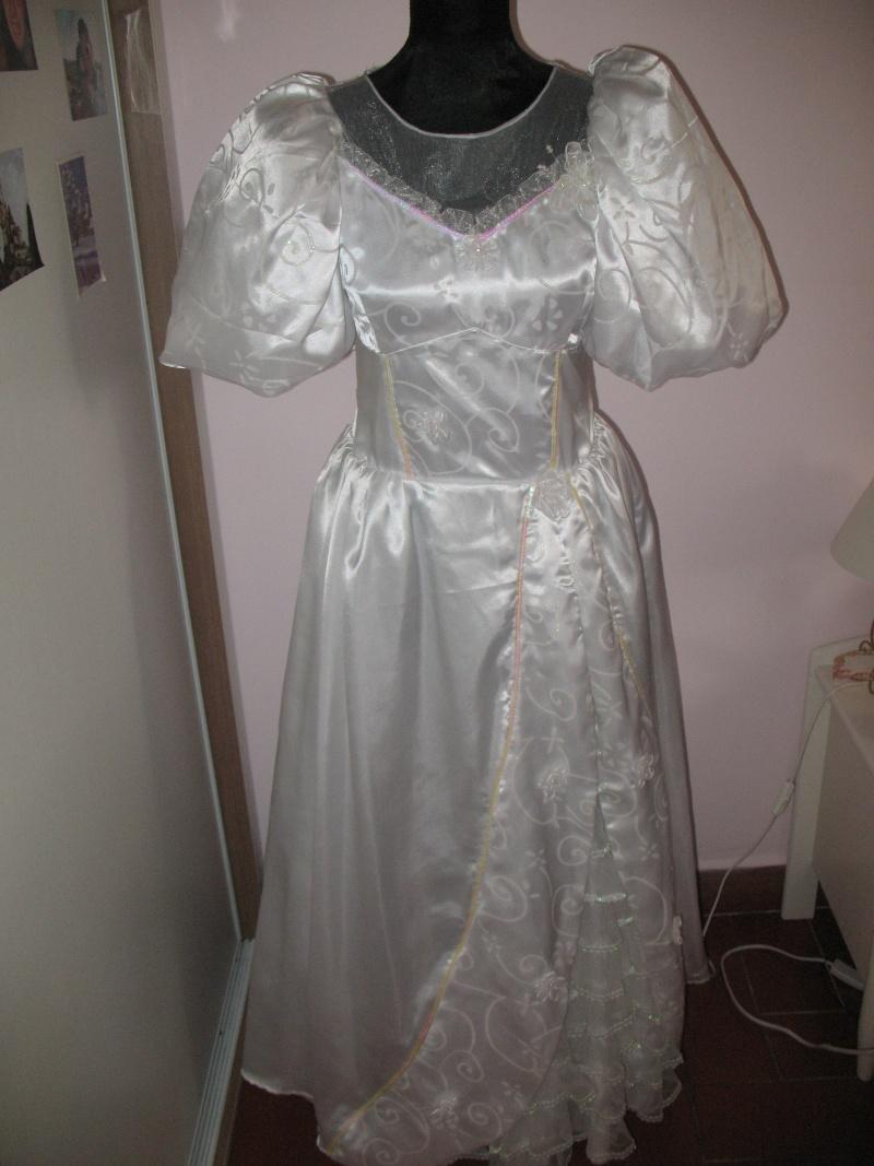 A quand les robes de princesse pour adulte ? ^^ Img_1512